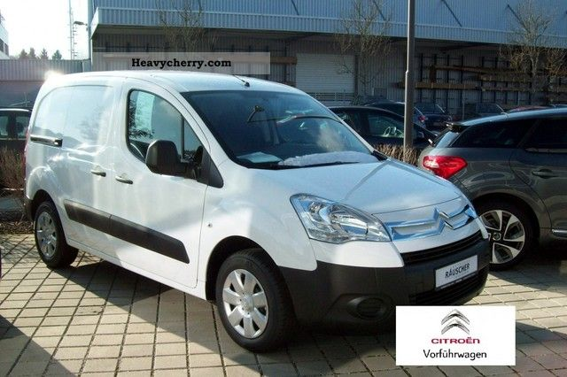 citroen citro n berlingo l1 1 6 hdi 75 fap level of a 2012 box type delivery van photo and specs. Black Bedroom Furniture Sets. Home Design Ideas