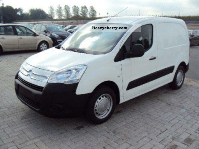 2011 Citroen  Citroën Berlingo HDI AIR 75 * / 3 * Seats NOW! Van or truck up to 7.5t Box-type delivery van photo