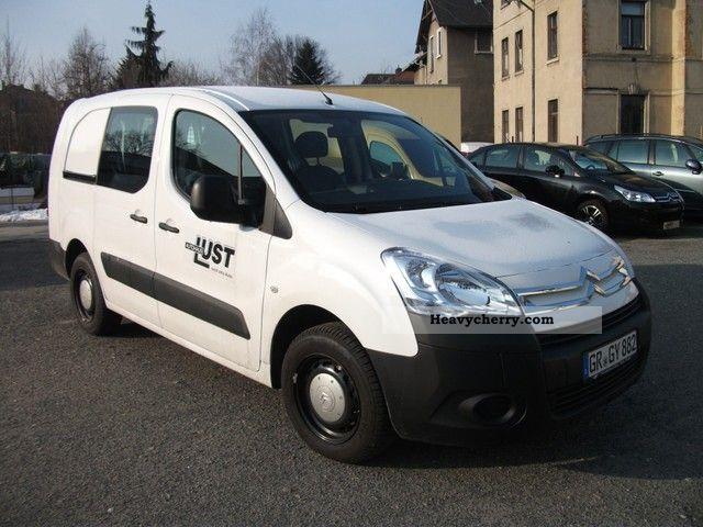 2011 Citroen  Citroën Berlingo L2 1.6 HDi 90 Double Cab Van or truck up to 7.5t Box-type delivery van photo