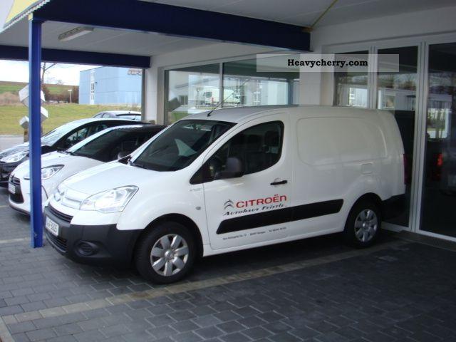 2011 Citroen  Citroën BERLINGO Van or truck up to 7.5t Box-type delivery van photo