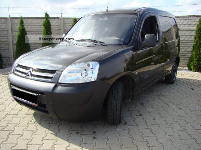 2008 Citroen  Citroën BERLINGO HDI ************* Van or truck up to 7.5t Other vans/trucks up to 7 photo