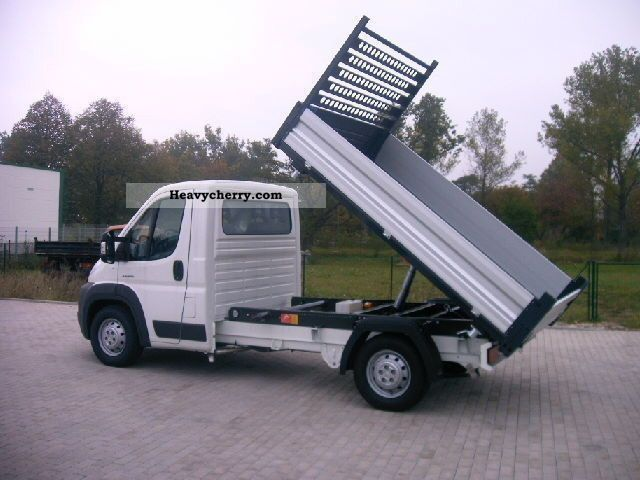2011 Citroen  Citroën Jumper 3-way tipper 35 L2 3.5 t Van or truck up to 7.5t Stake body photo