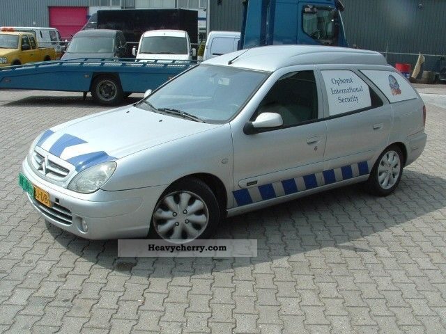 citroen citroen xsara break service airco 2003 box type delivery van photo and specs. Black Bedroom Furniture Sets. Home Design Ideas