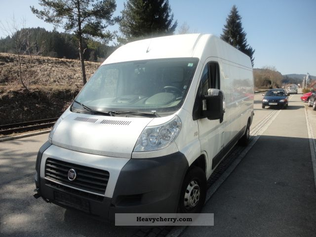2008 Fiat  Bravo Van or truck up to 7.5t Box-type delivery van - high and long photo