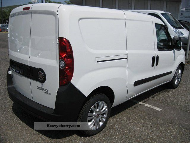 fiat doblo cargo sx 1 3 multijet maxi euro 5 2011 box type delivery van photo and specs. Black Bedroom Furniture Sets. Home Design Ideas