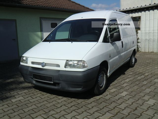 2003 Fiat  Scudo 1.9 D 81400 km Van or truck up to 7.5t Box-type delivery van photo