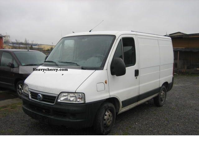 2006 Fiat  Bravo Van or truck up to 7.5t Box-type delivery van photo