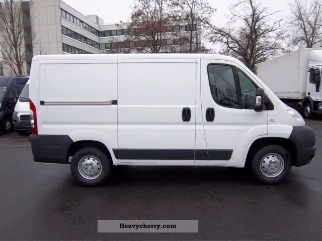fiat ducato l1h1 28 115 euro 5 euro 5 2012 box type delivery van photo and specs. Black Bedroom Furniture Sets. Home Design Ideas