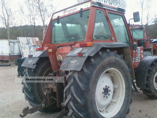 1985 Fiat  100-90 Agricultural vehicle Tractor photo