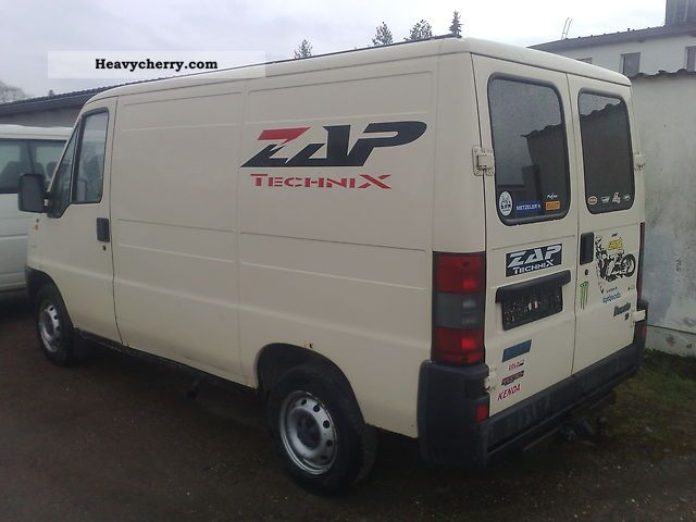 1997 Fiat  Bravo Van or truck up to 7.5t Box-type delivery van photo