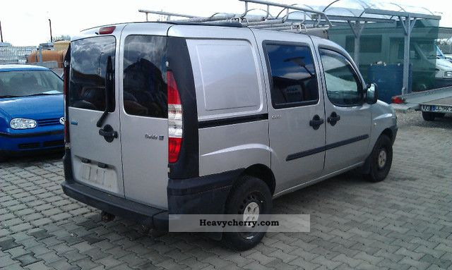 fiat doblo 1 9 jtd air head of technical ahk 3 2002 box type delivery van photo and specs. Black Bedroom Furniture Sets. Home Design Ideas