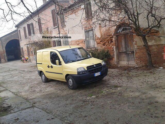 2003 Fiat  doblo 'cargo sx jtd 1900 Van or truck up to 7.5t Box photo