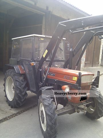 1983 Fiat  420 DT Agricultural vehicle Tractor photo