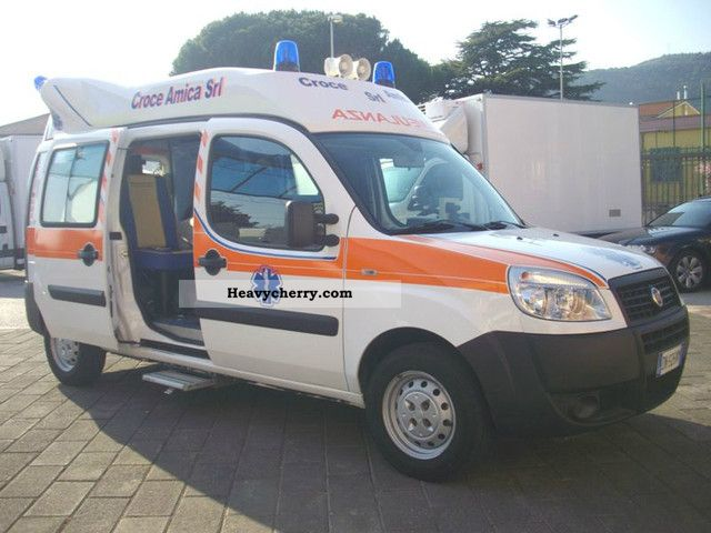 Ambulance van or truck up to 7 5t commercial vehicles with pictures page 1