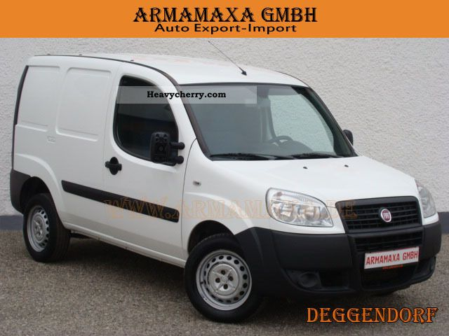 fiat doblo cargo 1 3 mjet 2009 box type delivery van photo and specs. Black Bedroom Furniture Sets. Home Design Ideas