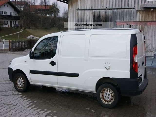 fiat doblo cargo maxi 2006 box type delivery van long photo and specs. Black Bedroom Furniture Sets. Home Design Ideas