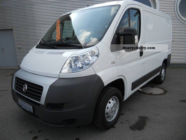 fiat ducato l1h1 250 0l1 0 2011 box type delivery van photo and specs. Black Bedroom Furniture Sets. Home Design Ideas