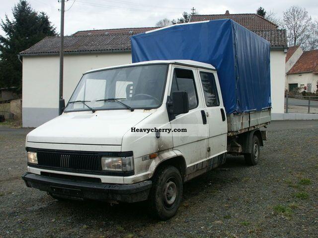 1993 Fiat  Bravo Van or truck up to 7.5t Stake body and tarpaulin photo