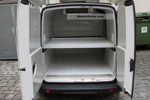 fiat doblo 2006 refrigerator box truck photo and specs. Black Bedroom Furniture Sets. Home Design Ideas