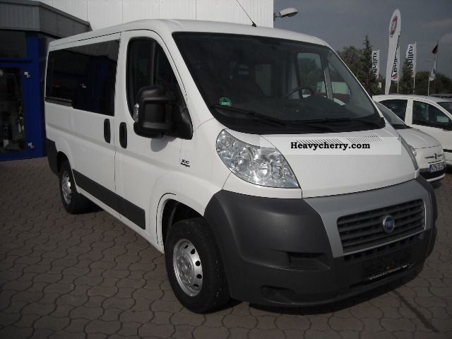 fiat ducato kombi bus glazed air conditioning radio cd 2007 estate minibus up to 9 seats. Black Bedroom Furniture Sets. Home Design Ideas
