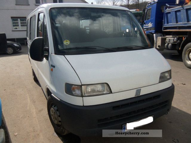 Fiat ducato 2 8 jtd euro3 2000 estate minibus up to 9 for Interieur fiat ducato 2000