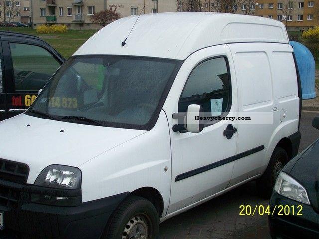 2003 Fiat  doblo Cargo 1.9 JTD SX Wysoki roof chłodnia Van or truck up to 7.5t Refrigerator box photo