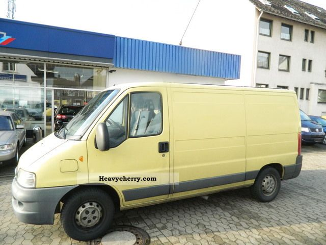 2003 Fiat  Ducato Closed Tüv 03.2013 3 Seater Van or truck up to 7.5t Box-type delivery van photo