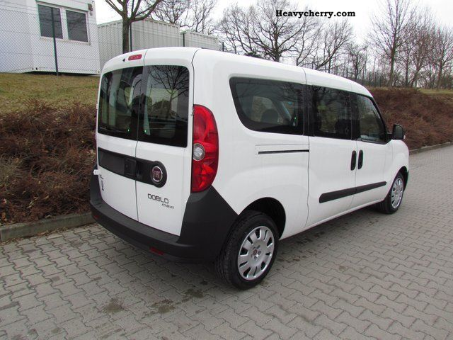 fiat doblo cargo combi maxi test. Black Bedroom Furniture Sets. Home Design Ideas