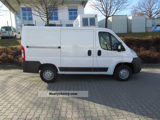 fiat ducato 28 l1h1 115 multijet 2011 box type delivery van photo and specs. Black Bedroom Furniture Sets. Home Design Ideas
