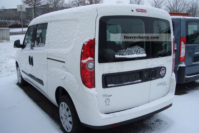 fiat combi doblo cargo 1 6 multijet sx maxi e5 2011 estate minibus up to 9 seats truck photo. Black Bedroom Furniture Sets. Home Design Ideas