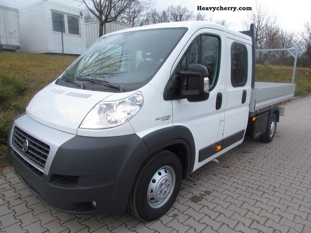 fiat ducato maxi 35 doka l5 130 multijet 2011 stake body truck photo and specs. Black Bedroom Furniture Sets. Home Design Ideas