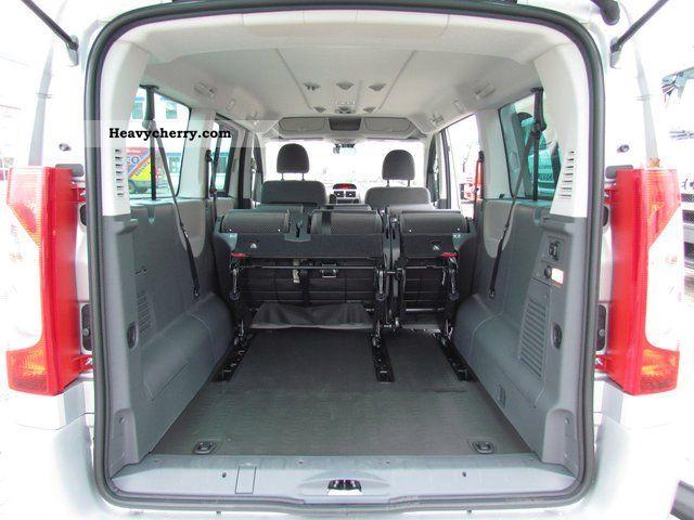 Fiat Scudo Panorama Executive L2h1 130 Seater 8 2012