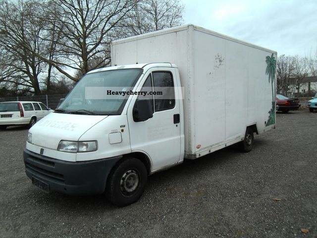 1995 Fiat  Bravo Van or truck up to 7.5t Box-type delivery van - high and long photo