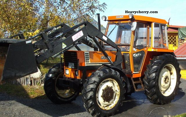 1980 Fiat  980DT Agricultural vehicle Tractor photo