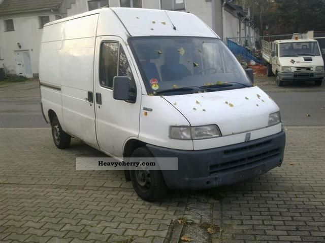 fiat ducato 2 8 td kastenwagen euro2 1999 box type delivery van high photo and specs. Black Bedroom Furniture Sets. Home Design Ideas