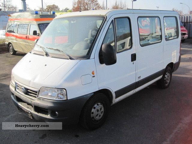 2003 Fiat  Ducato 2.3 JTD 15 truck-Perm. + Air engine failure Van or truck up to 7.5t Box-type delivery van photo