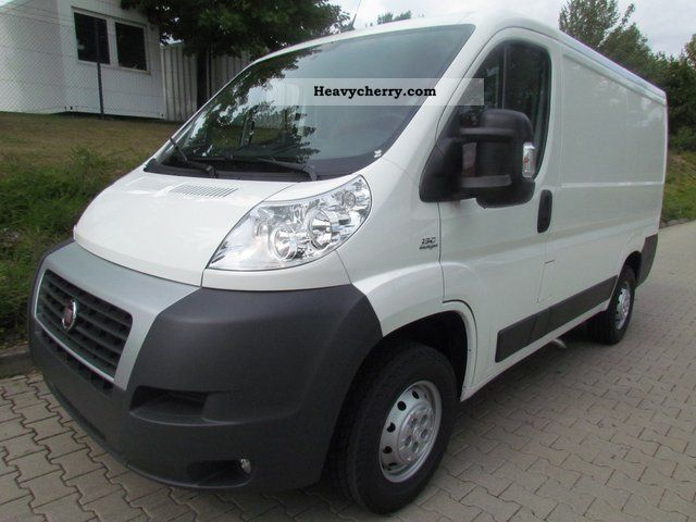 fiat ducato 30 l1h1 130 multijet 2011 box type delivery van long photo and specs. Black Bedroom Furniture Sets. Home Design Ideas