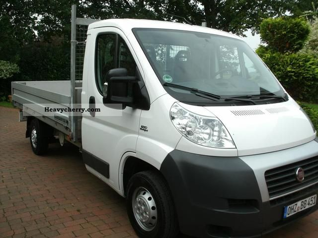 fiat ducato 120 multijet 2009 stake body truck photo and specs. Black Bedroom Furniture Sets. Home Design Ideas