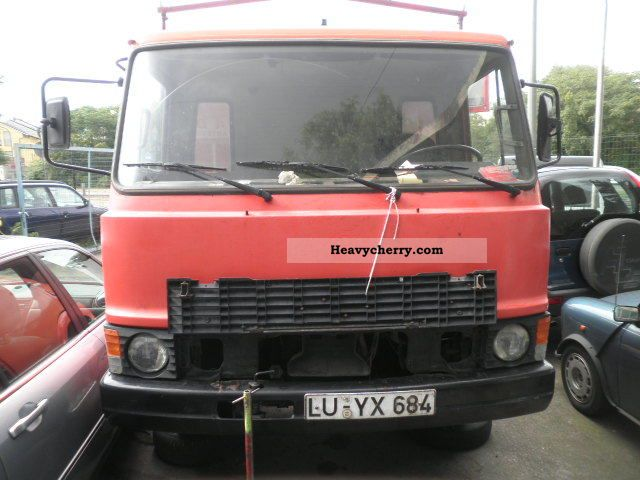 1980 Fiat  60F10C Van or truck up to 7.5t Stake body photo