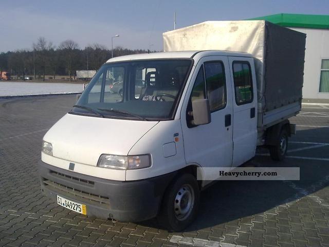 1996 Fiat  Bravo Van or truck up to 7.5t Stake body and tarpaulin photo