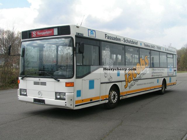 Mercedes benz o 407 1992 cross country bus photo and specs for What country is mercedes benz from