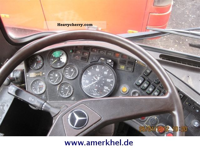 Mercedes benz o 407 1988 cross country bus photo and specs for What country is mercedes benz from