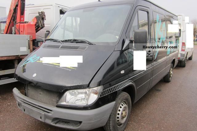 2005 Mercedes-Benz  Sprinter 213 cdi ABS + ESP + ASR Van or truck up to 7.5t Box-type delivery van - long photo