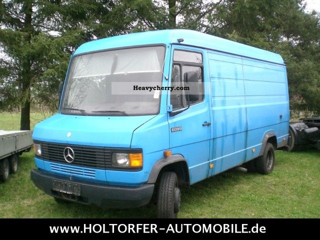 mercedes benz 609 d van long high 1990 box type delivery van high and long photo and specs. Black Bedroom Furniture Sets. Home Design Ideas