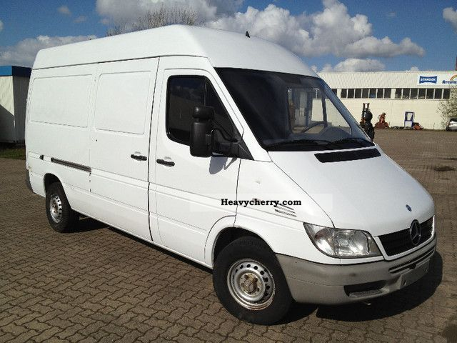 mercedes benz sprinter 211 cdi medium high 2005 box type. Black Bedroom Furniture Sets. Home Design Ideas