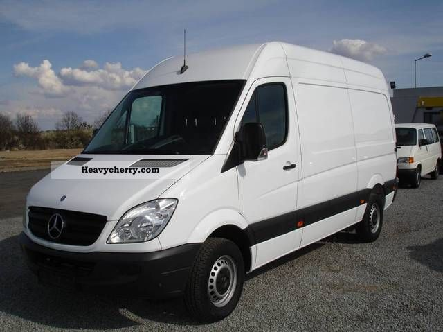 mercedes benz sprinter 216 cdi sredni air 2011 other. Black Bedroom Furniture Sets. Home Design Ideas