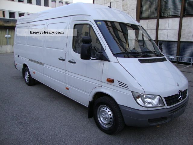 mercedes benz sprinter 316 cdi maxi ahk cruise 2004 box type delivery van high and long photo. Black Bedroom Furniture Sets. Home Design Ideas