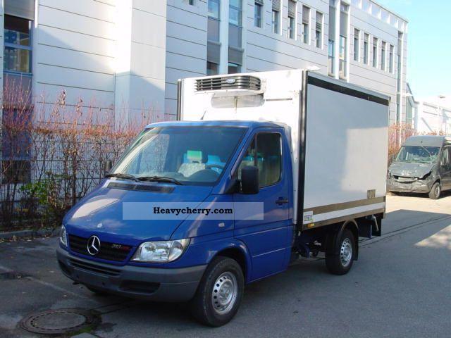 Used mercedes benz sprinter 2004 vans for sale on auto for Mercedes benz vans for sale used