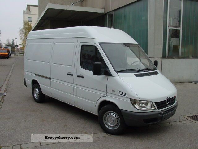 mercedes benz 213 cdi sprinter high and long 2003 box type delivery van high and long photo. Black Bedroom Furniture Sets. Home Design Ideas
