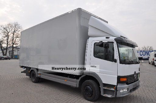 Mercedes-Benz 1218 Atego, Large Furniture Box, TÜV / AU 02